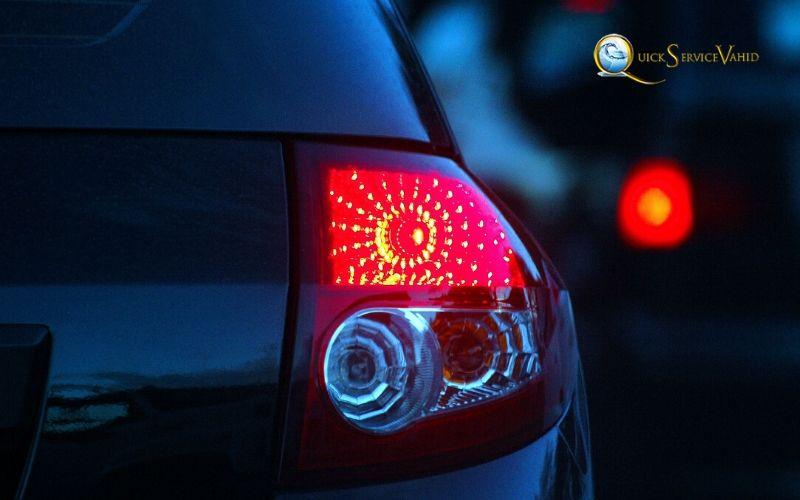 چراغ ترمز خودرو